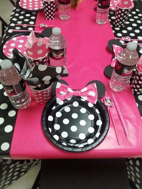 Minnie Mouse Table Decorations by Pink Minnie Mouse Birthday Table See More