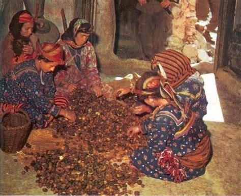 1294803891 la kabylie et les coutumes babzman information historique et socioculturelle sur l