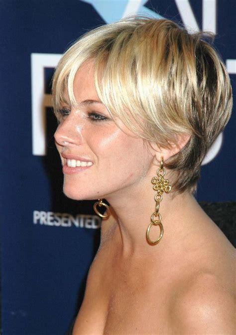 feminization hairstyle feminine short hairstyles