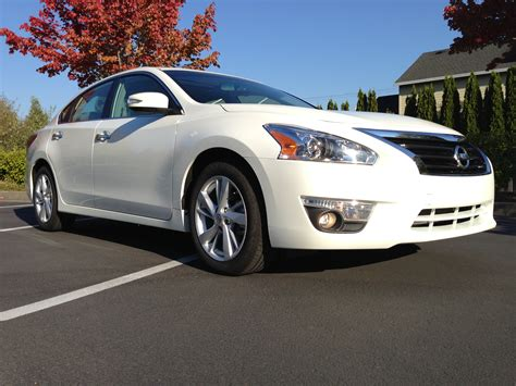 cars nissan altima green car reports 2013 best car to buy nominee nissan altima