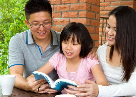 for parents parents can encourage a for literacy in reluctant