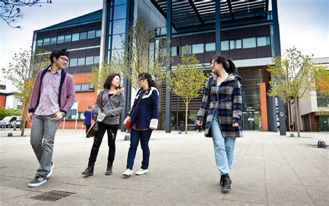 Mba Scholarships For Myanmar Students by Global Postgraduate Scholarships Of Lincoln