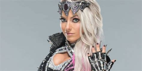 trish stratus halloween costume alexa bliss vs trish stratus is officially happening at