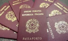 l ufficio passaporti commissariato di pubblica sicurezza in viaggio con i bambini cosa mettere in valigia tutto