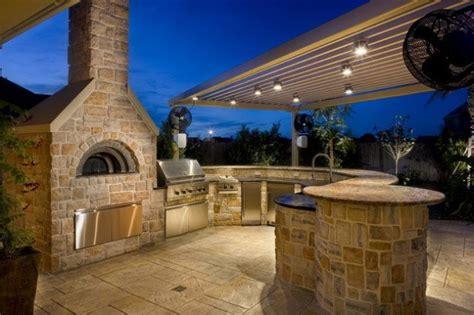 How To Build Outdoor Fireplace With Pizza Oven - quelques id 233 es pour am 233 nager une cuisine 224 l ext 233 rieur bricobistro
