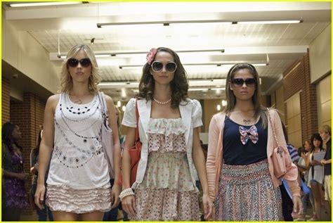 heres a brand new promo for girls season 4 meaghan martin jennifer stone mean girls 2 promo pics