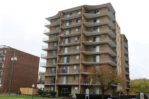 1 bedroom apartments in windsor ontario windsor apartments for rent windsor rental listings page 1