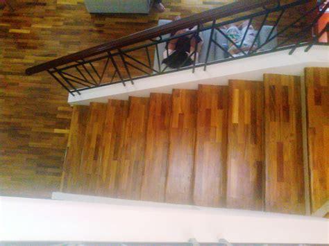 contoh pemasangan pada area tangga lantai kayu jakarta