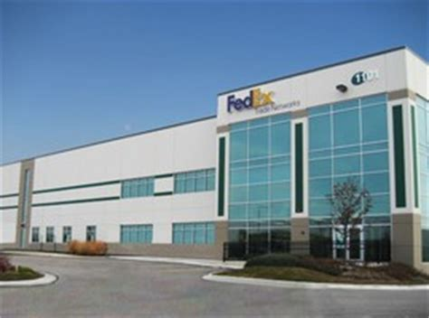 Fedex Office Chicago by Fedex Trade Networks Opens New Gateway Location In Chicago