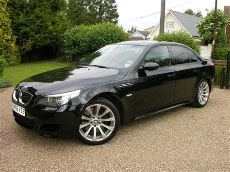 how to learn about cars 2006 bmw m5 head up display 2006 bmw m5 information and photos momentcar