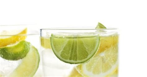 Lemon Boiling Water Detox by Fabfitfun Lemon Diuretic