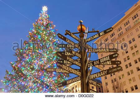 christmas tree lighting downtown portland or sign in pioneer courthouse square in downtown portland oregon stock photo royalty free image