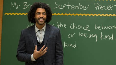 wonder actor interview hamilton rapper actor daveed diggs talks new wonder