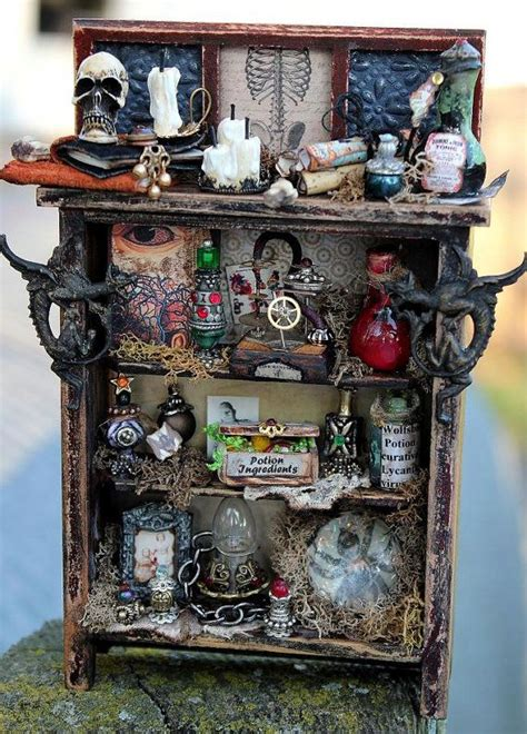 halloween doll house 25 best ideas about haunted dollhouse on pinterest haunted dolls doll houses and