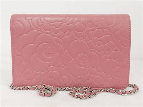 Restok Tas Chanel Woc Camellia Box Chanel new chanel pink camellia embossed lambskin wallet chain bag serial 1480062 at 1stdibs