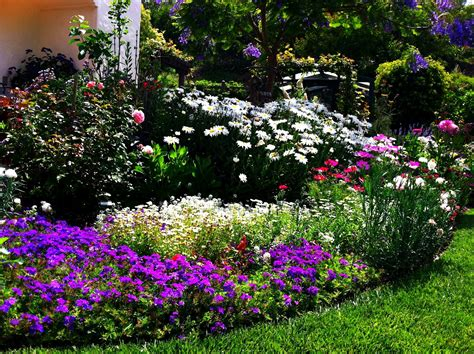 simple flower bed ideas grow it now five simple steps to designing beautiful