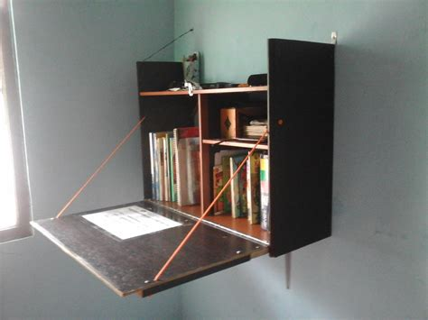 Meja Kayu Triplek memanfaatkan potongan kayu triplek bekas 171 penggila bola