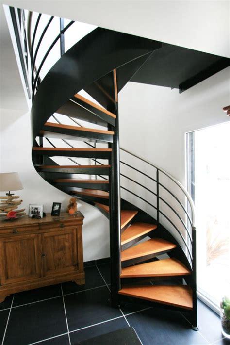 escalier metal 744 escalier h 233 lico 239 dal m 233 tal