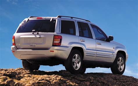 jeep liberty gas tank recall nhtsa and chrysler reach jeep recall compromise jeep