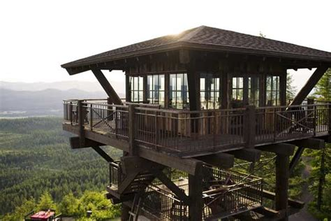 Observation Tower Plans by 10 Amazing Lookout Towers Converted Into Homes