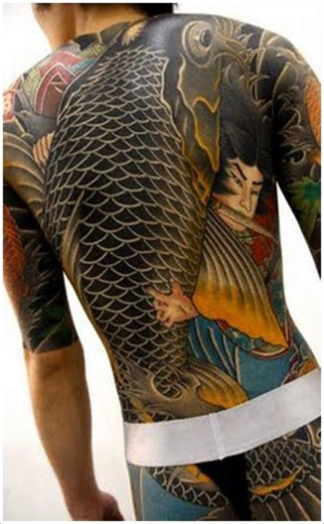 tattoo yakuza bedeutung 48 tatuaggi e disegni di pesci come protagonisti