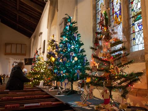 haddenham net christmas tree festival 2016