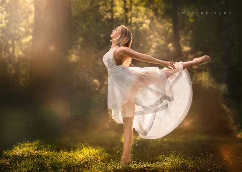 incredible photographs  young dancers  nature