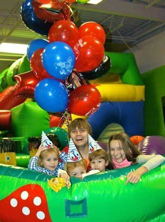 bouncing houses for birthday parties bounce house birthday party picture of bounce house virginia beach tripadvisor