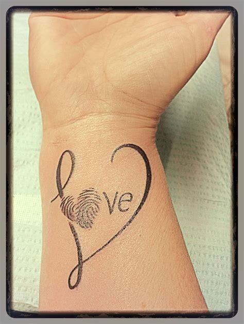 heart fingerprint tattoo 25 best ideas about fingerprint tattoos on