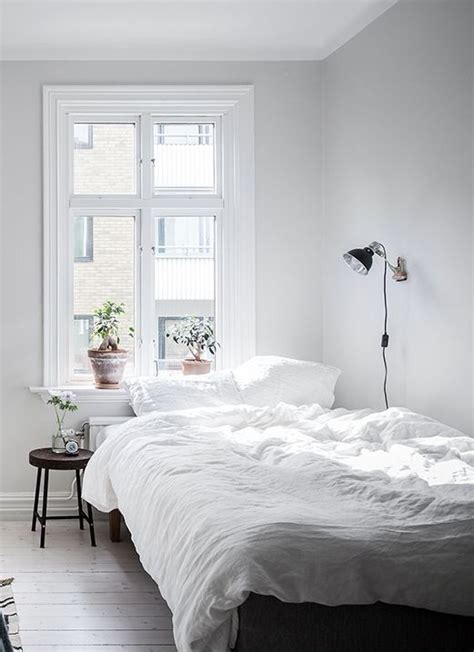 and white bedroom ideas 25 best ideas about white bedding on white
