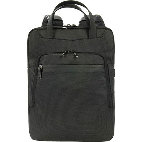 Tucano Workout Ii Bag For Macbook Pro 13 Macbook Air 11 13 tucano work out ii vertical bag for 13 quot wo2v mb13 b h photo