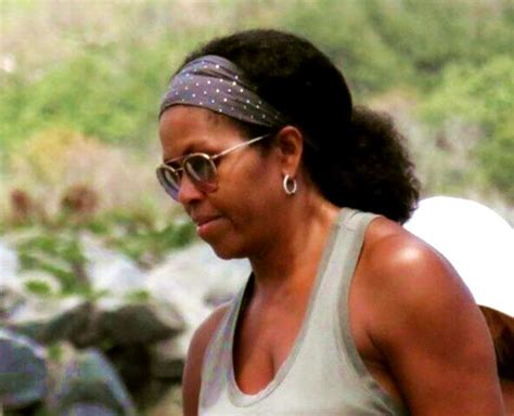michelle obama losing hair the internet is just losing it over this pic of michelle