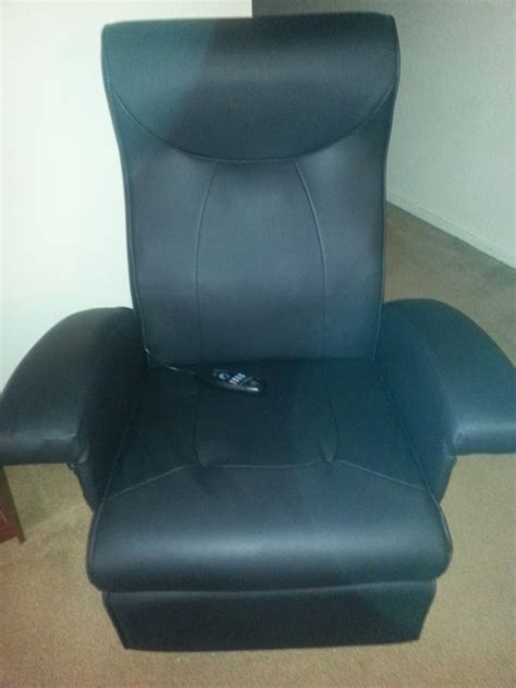 extra large rocker recliner chair i m in love with my brylanehome extra wide three in one