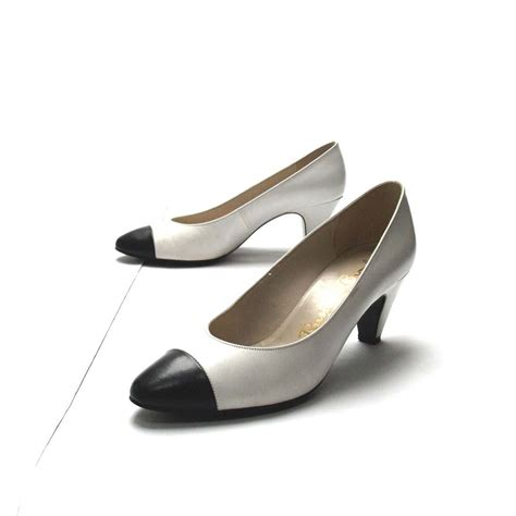 and bromley shoes and bromley heels black and white vintage shoes