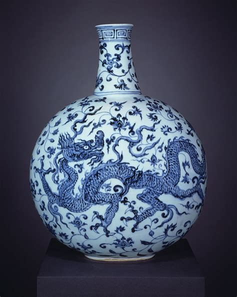 Ming Vase Designs Chinese Ceramics For Iran And Indo Persia New York