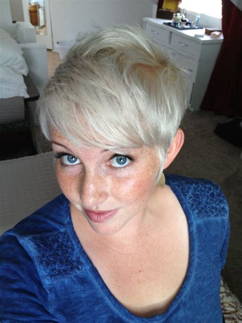 haircut photos freckles platinum pixie long on top short on sides freckles