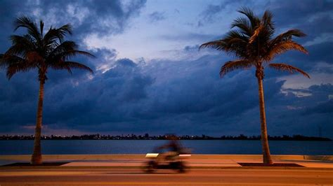 key west vacations package save    expedia