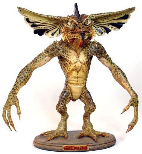 Figure Gremlins Gremlin Statue Vily gremlins mohawks and statue on