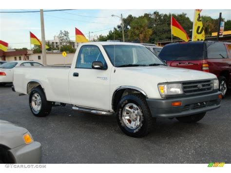 1996 Toyota T100 White 1996 Toyota T100 Truck Regular Cab Exterior Photo