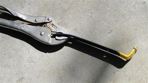 Versus Lip Grip 77 911s thermostat pelican parts technical bbs
