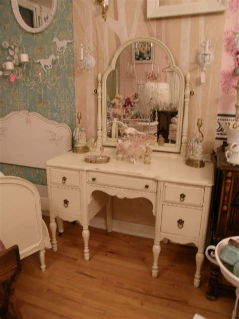 Antique Vanity Table Antique Vanity Shabby Chic Make Up Dressing Table Ivory