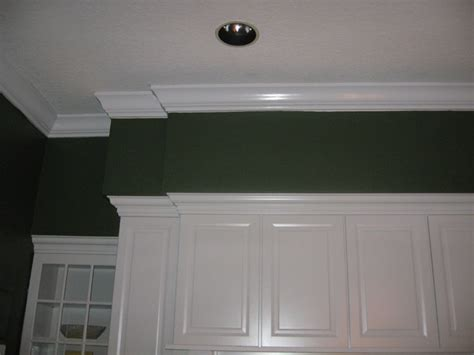 Crown Moulding / Soffit Traditional Kitchen tampa by Master Carpentry & Repair