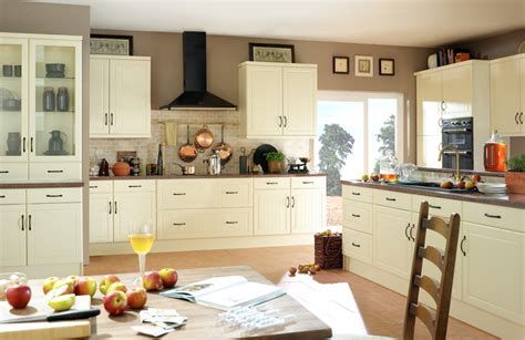 cream kitchen cabinets what colour walls devon kitchens kitchenworld exeter celine cream kitchen