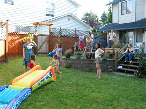 throwing a backyard birthday for your child