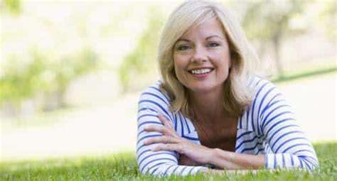 alimenti per aumentare il progesterone dimagrire in menopausa alimentazione prodotti e esercizi