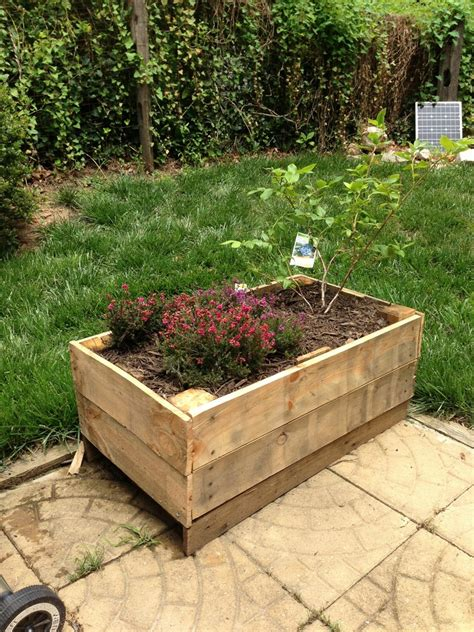 Garden Boxes Ideas Planter Boxes Made From Wooden Pallets Pallet Wood Projects