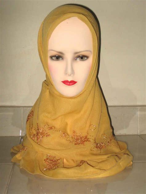Model Jilbab Jilbab Sulam Benang Model Terbaru Erianashop S