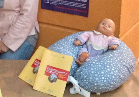 il cuscino parliamo di cuscini da allattamento g a a m