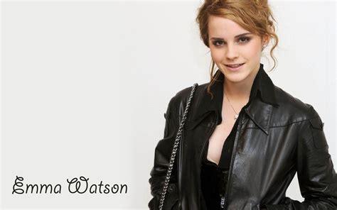 Bathroom Tubs Emma Watson Hd Wallpapers Colored Moon