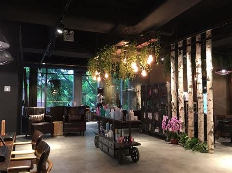 You Can Delay Salon Visits With The Right Shoo 2 by 14 Hair Salons In Singapore With Add On Services Such As